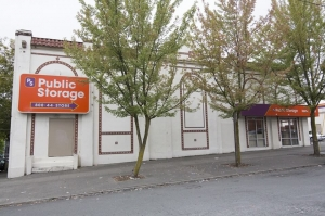 Public Storage - Seattle - 1515 13th Ave Facility at  1515 13th Ave, Seattle, WA