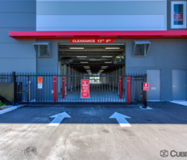 Image of Store Space Self Storage - #1032 Facility on 401 34th Street North  in St. Petersburg, FL - View 2