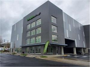 Extra Space Storage - Tigard - Atlanta St Facility at  7600 Southwest Atlanta Street, Tigard, OR