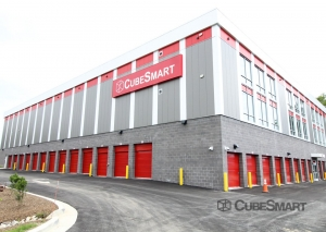 CubeSmart Self Storage - MD Rockville Research Pl Facility at  44 Research Place, Rockville, MD