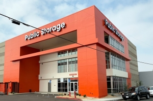 Public Storage - North Hollywood - 12610 Raymer Street Facility at  12610 Raymer Street, North Hollywood, CA
