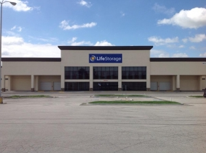 Life Storage - Kansas City - 5615 Bannister Road Facility at  5615 Bannister Road, Kansas City, MO
