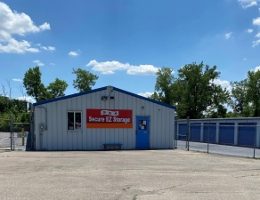Secure EZ Storage - Middletown Facility at  1590 Oxford State Road, Middletown, OH