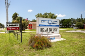 Guard Space Storage - Leesburg Facility at  2008 Griffin Road, Leesburg, FL