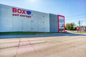 Box Storage Overland Park Facility at  12180 West 135th Street, Overland Park, KS