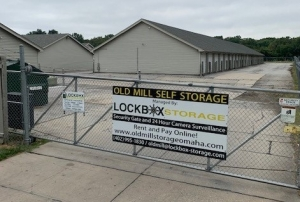 Image of Old Mill Self Storage - 120th & Blondo Facility at 1620 Papillion Parkway  Omaha, NE