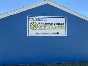 Railroad Street Storage Facility at  422 West Railroad Street, Long Beach, MS