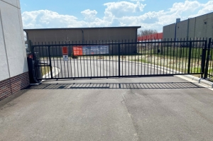Image of Public Storage - Minneapolis - 101 American Blvd W Facility on 101 American Blvd W  in Minneapolis, MN - View 4