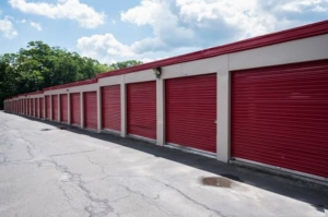Image of Storage Rentals of America - Waterbury - East Main St Facility on 2454 East Main Street  in Waterbury, CT - View 3
