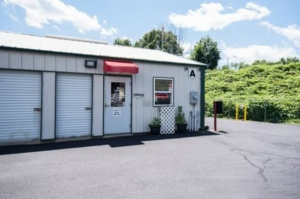 Image of Storage Rentals of America - Derby - Pershing Dr Facility on 86 Pershing Drive  in Derby, CT - View 3
