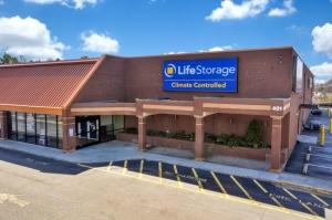Life Storage - Winston-Salem - 401 Jonestown Road