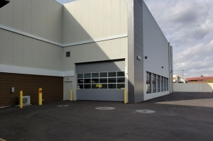 Image of Public Storage - Phoenix - 8150 N 24th Ave Facility on 8150 N 24th Ave  in Phoenix, AZ - View 3