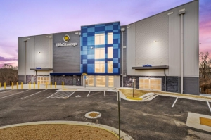 Life Storage - Alexandria - 5765 General Washington Drive Facility at  5765 General Washington Drive, Alexandria, VA