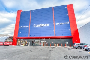 CubeSmart Self Storage - NY Brooklyn 6th Street Facility at  163 6th Street, Brooklyn, NY