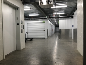 Image of US Storage Centers - Portland - Powell Facility on 6191 Southeast Powell Boulevard  in Portland, OR - View 2