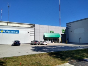 Life Storage - Milwaukee - 532 East Capitol Drive