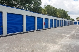 US Storage Centers - Plantation - 6701 NW 18th Ct - Photo 11