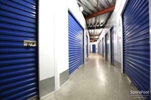 US Storage Centers - Montrose - 3708 Clifton Pl - Photo 9