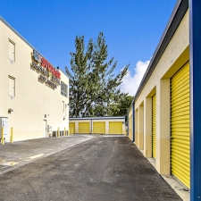 US Storage Centers - Miami Gardens - 2765 NW 207th St - Photo 5