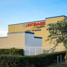 US Storage Centers - Miami Gardens - 2765 NW 207th St - Photo 9