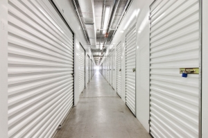 US Storage Centers - Hialeah - 3975 W 16th Ave - Photo 6