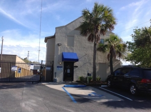 Life Storage - Mount Pleasant Facility at  1471 Center St Ext, Mt Pleasant, SC