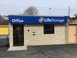 Life Storage - East Greenwich - Frenchtown Road Facility at  500 Frenchtown Rd, East Greenwich, RI