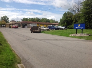 Life Storage - Rochester - Town Line Road Facility at  2585 Brighton Henrietta Town Line Rd, Rochester, NY