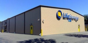 Life Storage - North Haven - Photo 1