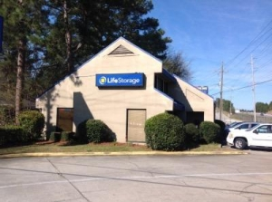 Life Storage - Columbia - Parklane Road