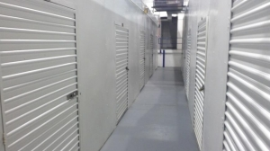 Image of Life Storage - Gaithersburg Facility on 26 W Diamond Ave  in Gaithersburg, MD - View 2