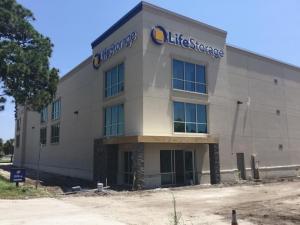 Life Storage - Melbourne - 6005 North Wickham Road Facility at  6005 N Wickham Rd, Melbourne, FL