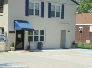 Uncle Bob's Self Storage - Newport News - 10429 Jefferson Ave - photo
