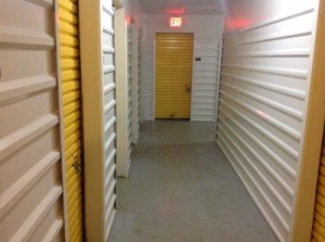 Life Storage - Pensacola - East Fairfield Drive - Photo 3