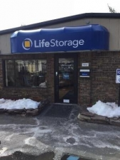 Life Storage - Glastonbury