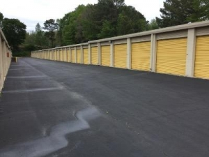 Uncle Bob's Self Storage - Austell - Photo 6