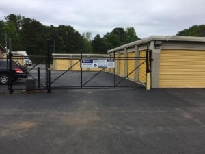Uncle Bob's Self Storage - Austell - Photo 9