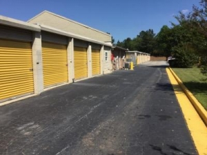 Life Storage - Austell - Photo 7