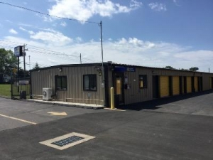 Uncle Bob's Self Storage - Suffield