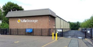 Life Storage - Suffield - Photo 6