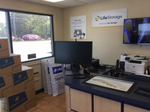 Image of Life Storage - College Park Facility on 5725 Old National Hwy  in College Park, GA - View 3