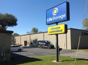 Life Storage - Pensacola - 2807 West Michigan Avenue Facility at  2807 W Michigan Ave, Pensacola, FL