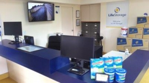 Life Storage - Tampa - West Columbus Drive - Photo 4