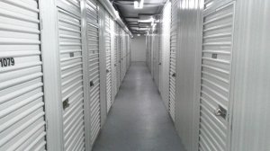Image of Life Storage - Tampa - West Columbus Drive Facility on 3000 W Columbus Dr  in Tampa, FL - View 2