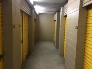 Life Storage - Largo - 404 Seminole Boulevard - Photo 9