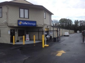 Life Storage - Richmond - Bentley Street