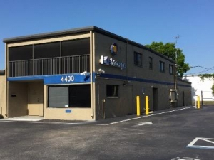 Life Storage - Fort Myers - Solomon Boulevard