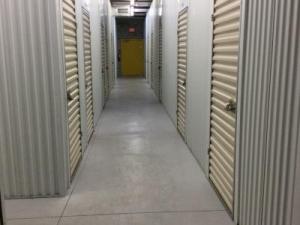 Life Storage - Fort Myers - Solomon Boulevard - Photo 4