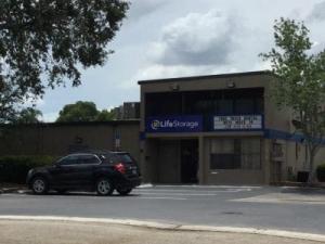 Life Storage - Fort Myers - Solomon Boulevard - Photo 9