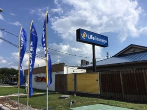 Life Storage - Tampa - West Waters Avenue